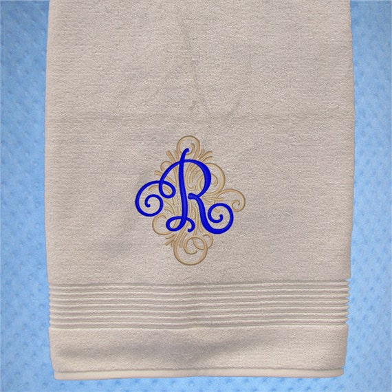 Embroidered Towels For Wedding Gift: Bath Towel Monogrammed Wedding Bath Towel Personalized