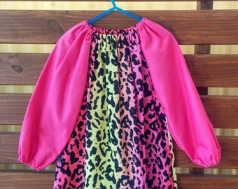 Kids Long Sleeve Art Smock - Size 3-4. Fluro Cheetah Print.