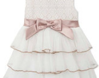 Little Girl's Ivory Lace Tiered Dress; Party Dress with Charming details Size 5T/5