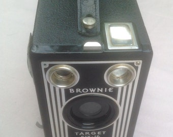 Camera, Brownie 1940's Target six-16 Box Camera
