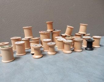 29 Vintage Wooden Spools
