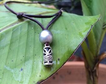 Perle de Tahiti et Tiki tahitien, cuir australien, collier homme