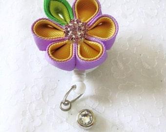 Kanzashi Flower Round Petals ID Badge Holder Retractable Reel