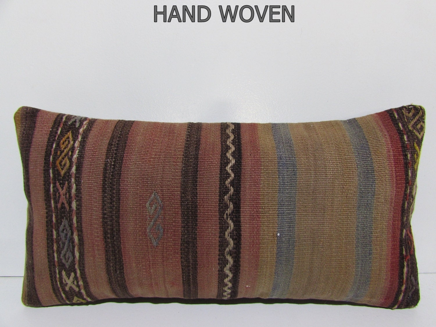 Throw Pillows King Size Bed : 12x24 woolen kilim pillow zigzag throw pillow chevron