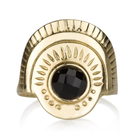 Onyx Pharaoh Ring Gold