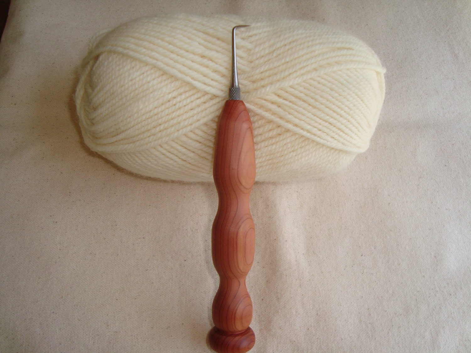 Knitting Looms Wood : Wicked point knitting loom hook with cedar wood handle
