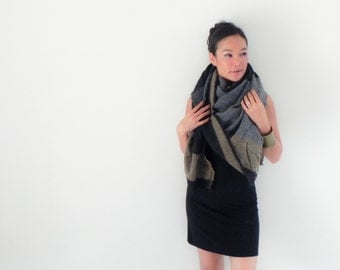 Onuma scarves- Black and Gray Winter scarf