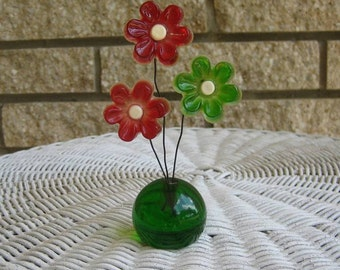 Vintage Lucite flower wire arrangement acrylic resin flowers on wires base daisy daisies Flower Power hippie 1960s 1970s That 70s Show