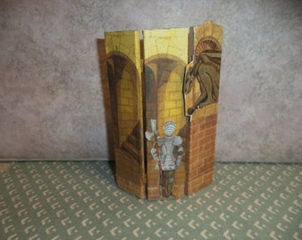 1:12 scale Dollhouse Miniature Medieval folding screen/ room divider