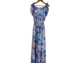 Vintage maxi dress // boho long vintage dress // blue floaty hippie dress // retro summer maxi dress // size