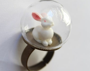 Glass Globe White Rabbit, Ring, bubble