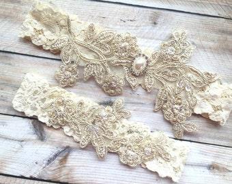 Gold Wedding Garter, Gold Bridal Garter, Lace Bridal Garter, Lace Wedding Garter, Gold Garters, Leg Garter Gold, Garter Set Gold, Garters