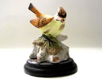 Brinn's Bird Figurine, c. 1970, Brown Bird with Yellow Breast, Vintage Bird Statue on Stand