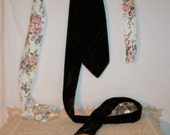velour necktie dark brown by Towncraft Penneys, 4 inches across at widest point, very good condition