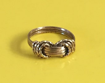 Vintage Gold Knot Ring Size 3