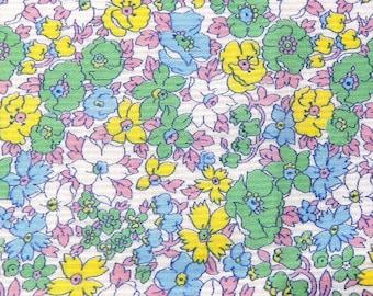 Pretty vintage floral fabric - c.1940's - 8