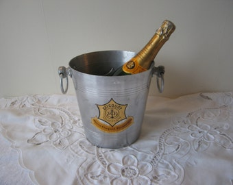 Great French Champagne Bucket, Vintage French, VEUVE CLICQUOT PONSARDIN. in Aluminium