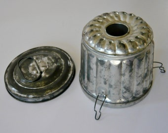 Tin Metal Mold Steam Pudding Cake - Bucket with Original Locking Lid