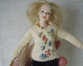 1:12 scale Women's hand knitting cream sweater for Heidi doll by Jing's Creations