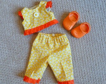 """Sale!/Doll Clothes & Shoes/Crop Top and Pants Set/18"""" Doll Summer outfit/Girl Doll Play clothes/Daisy Print/Rubber Clogs/Beach Shoes"""
