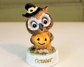 Vintage Owl, October Owl, Vintage Napco Ware 8006, Owl with Witch Hat, Jackolantern Pumpkin, Bisque Porcelain, Halloween Owl Figurine Decor