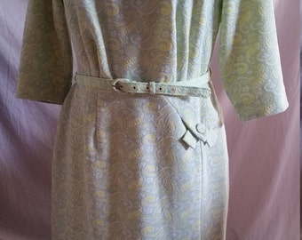 Vintage sixties retro Kenwall terylene pale green paisley dress size 16/40.5""