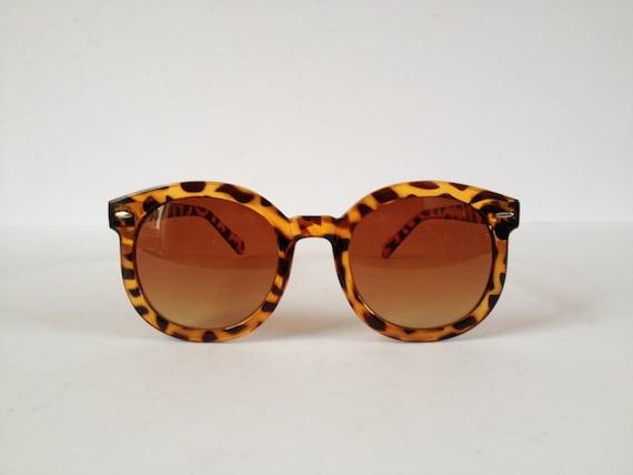 Large Frame Tortoise Shell Glasses : Tortoise Shell Sunglasses. Oversized Tortoise Shell
