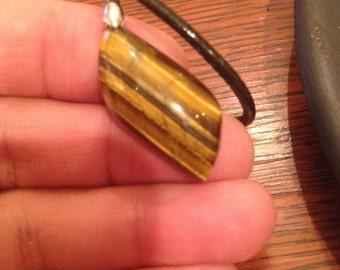 199-VINTAGE-Tiger's Eye Pendant Necklace-Tiger's Eye-Tiger's Eye Agate-Tiger's Eye Necklace-Tiger's Eye Jewelry-Tiger's Eye Gemstone Pendant