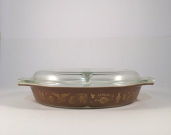 Vintage Early American Pyrex Split Vegetable Dish