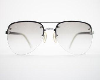 Vintage Sunglasses | Silver Aviator Sunglasses | Oversize Grey Smoke Gradient Lenses | 70s Sunglasses | Vintage Deadstock - October II Green