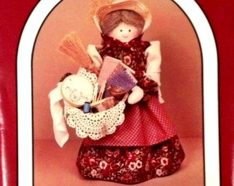 Dream Spinners Pattern #137 Sadie Peddler Doll and Clothes