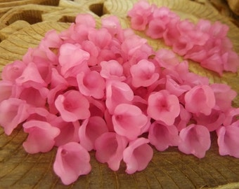 200 pce Dainty Hot Pink Frosted Acrylic Calla Lily Flower Beads 10mm x 10mm