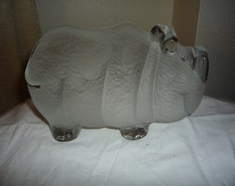 Viking Frosted Glass Rhino