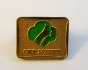 Vintage Girl Scout Friendship Pin circa 1981
