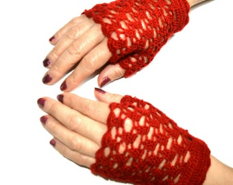 Elegant Burgundy Red mittens ready to ship. T-6 to 7 (S/M)