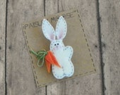 Easter Bunny Magnet, Easter Decoration, Felt Bunny Rabbit Refrigerator Magnet