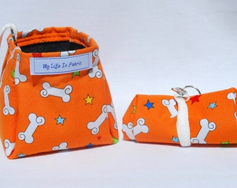 Portable Packable Collapsible Dog Dish Water Bowl Bright Orange Bones Stars