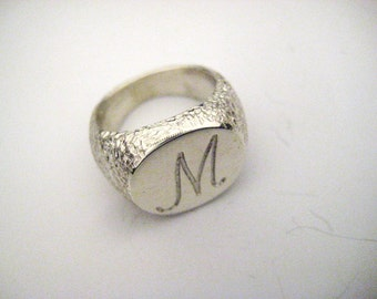 Chevalier ring in silver