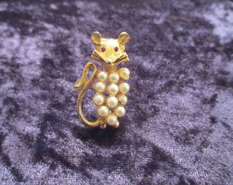 Vintage Mouse Brooch with Faux Pearls
