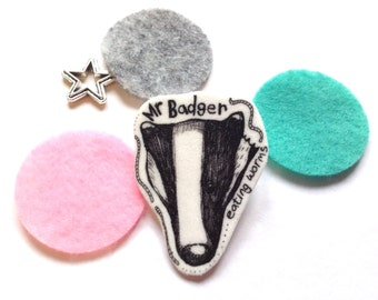 Shrink Plastic Jewellery, Badger Lapel Pin, Wildlife Brooch, Badger Gifts, Illustrated Shrinky Dink, Animal Badge, Quirky Handmade  Jewelry.