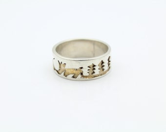 Forest Themed Ring With Wolves Birds and Trees in Sterling Silver Size 6.5. [7540]