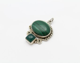 Artisan Tribal-Style Oval Pendant with Malachite and Green Onyx and Sterling Silver. [10601]