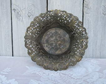 Metal Italian Filigree Bowl, Cutout bowl, Patina Raised Design bowl, Vintage metal ornate bowl, Keepsake storage bowl, shabby Chic bowl