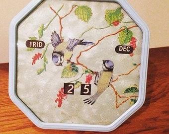 1940s silk calendar with birds