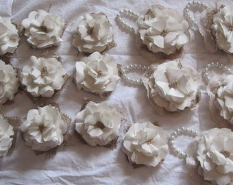 corsages and boutineres