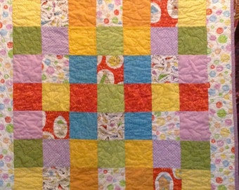Quilt, colorful baby/toddler hand made patchwork quilt with bird houses and birds