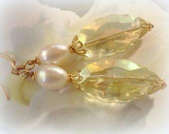Freshwater Pearls, Pearl Earrings, Champagne and Pearls, Champagne Crystals, Genuine Pearl Dangles, Handmade Earrings, Bridal Earrings, Boho