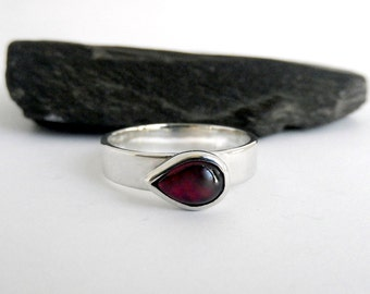 Teardrop Garnet ring sterling silver