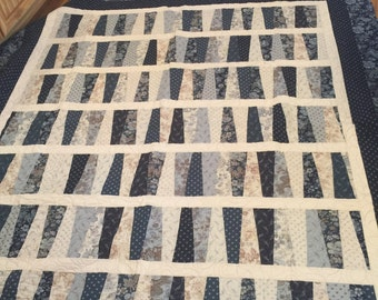 Blues and Creams Dresdin quilt