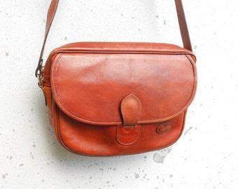 Vintage GIUDI Cognac Brown Leather Crossbody Bag , Messenger Bag / Medium / Made in Italy